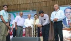Vidya pays tributes to Dr D Balakrishnan